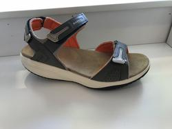"Sandal med rundad sula,  ""Walkmaxx""  beige/orange."