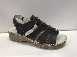 Sandal, Sköna marie, i brunt skinn, jättesköna
