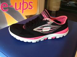 Skechers GO-RUN  Svart/cerise